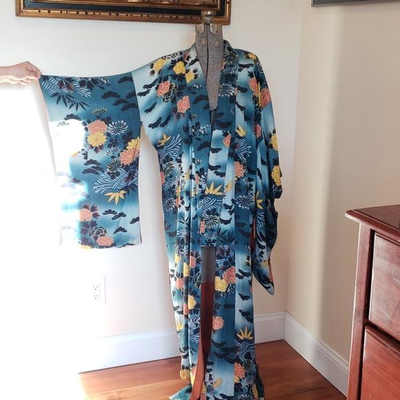 Vintage silk Japanese kimono